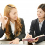 Businesswomen discussing plans — Stock Photo #29402845