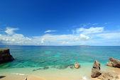 Summer sky and beautiful beach of Okinawa — 图库照片