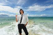 Muž na pláži — Stock fotografie