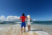 A couple on the beach — Stock Photo