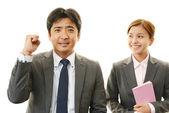 Retrato de pessoas de negócios em seu escritório — Fotografia Stock