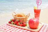 Breakfast on the beach — Stock Photo
