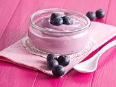 Yoghurt with huckleberries o — Stock Photo
