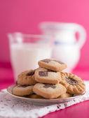 Un plato de galletas — Foto de Stock