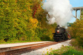 Steam train approaching — Stock Photo