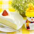 Snowman and shortcake — Stock Photo