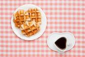 Káva a vafle — Stock fotografie