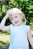 The little blue-eyed blonde . Oh, I did something wrong? — Stock Photo