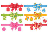 Set of gift bows with ribbons and tags. — Stock Vector