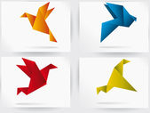 Origami japan paper flying bird — Vetor de Stock