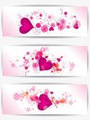 Aantal kaarten met florale achtergrond en harten — Stockvector