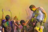 Renk holi festival kutlamak — Stok fotoğraf