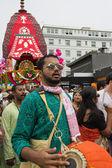Homem tocando nas ruas durante o festival anual 37st do th — Foto Stock
