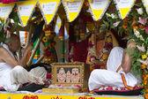 Carruagem com imagens de srila prabhupada no 37º festival anual das bigas — Foto Stock