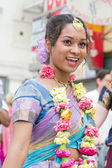AUGUST 4: Women dancing during the 37th Annual Festival of the Chariots — Fotografia Stock
