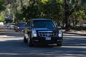President Barack Obama cortege passing on the streets of Burbank — Stock Photo