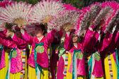 Bailarines coreanos participan en el 40 º festival coreano de la — Foto de Stock
