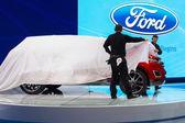 Ford escape auto tentoongesteld op de la autoshow. — Stockfoto