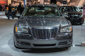 Chrysler 300C car on display at the LA Auto Show. — Stock Photo