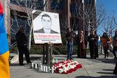 Persone che protestano presso il consolato dell'azerbaijan in memoria — Foto Stock