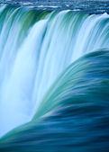 Close up of water rushing over Horseshoe Falls, Niagara Falls, O — Stock Photo