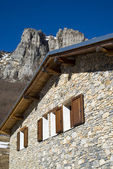 The mountain hut in the Alps — Stock Photo
