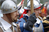 Medieval soldiers. Participants of medieval costume party. — Stock Photo