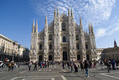 Duomo di Milano from the square — Stock Photo