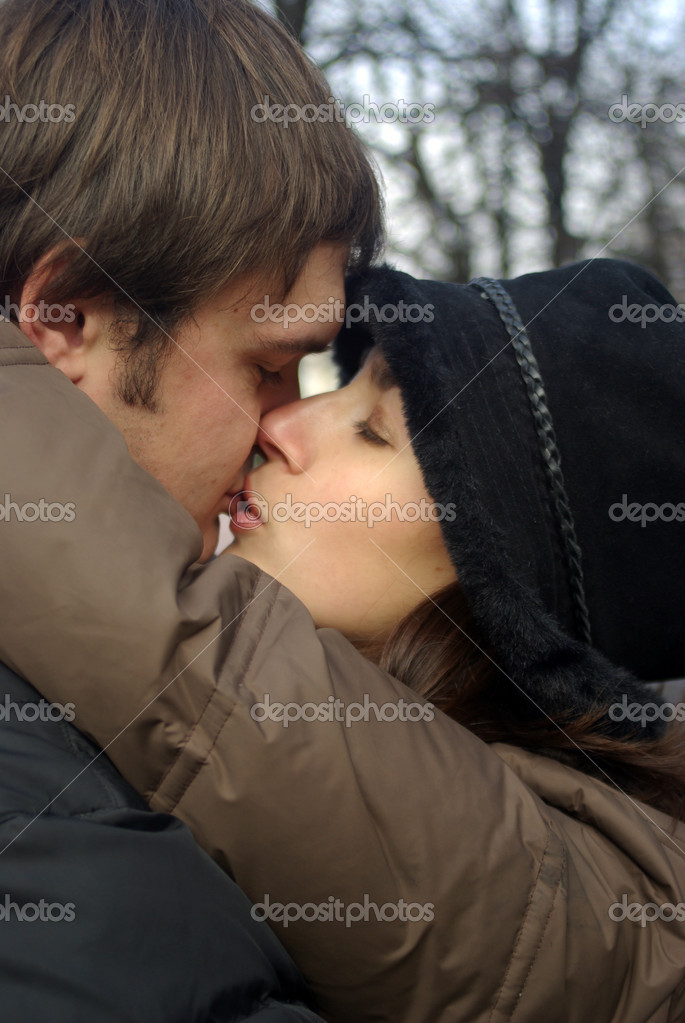 Close up view of adult couple kissing — Stock Photo #18858855