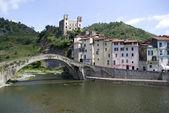 Dolceacqua. Starověký obce Itálie — Stock fotografie