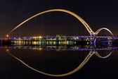 Infinity Bridge — Stock Photo