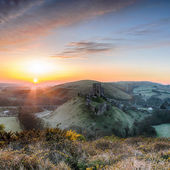 Sunrise at Corfe Castle — Stock Photo