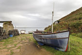 Boats at Penberth Cove in Cornwall — Stock Photo