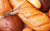 パンと小麦の穂の組成 — ストック写真