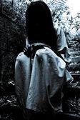 Escena del horror de una mujer de miedo — Foto de Stock