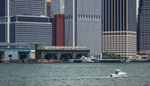 South ferry and modern building in manhattan, new york — Stock Photo