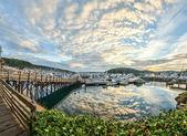 Cloud reflections at sunrise at Friday Harbor, Washington — Stock Photo