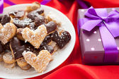 Cookie in the form of hearts from a beautiful box — Stock Photo