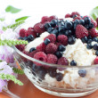 Cottage cheese with raspberries and blueberries — Stock Photo