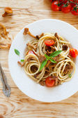Pasta with chanterelle mushrooms, top view — Stock Photo