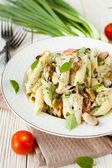 Pasta with mussels and cream — Stock Photo