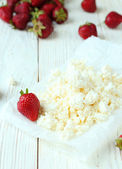 Cottage cheese on the table — Stock Photo