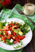 Juicy salad with bell peppers and cheese — Zdjęcie stockowe