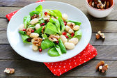 Salad with white beans — Stock Photo