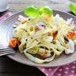 Tasty pasta with assorted seafood — 图库照片
