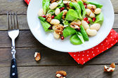 Nutritious and healthy salad with beans — Stock Photo