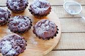 Homemade cupcakes with chocolate chunks — Stock Photo
