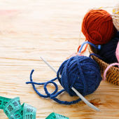 Craft background with ball of yarn — Stock Photo