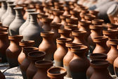 Traditional pottery craftsmanship — Stock Photo