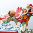 Colorful dragon sculpture in Repulse Bay Temple, Hong Kong — Stock Photo #34872913